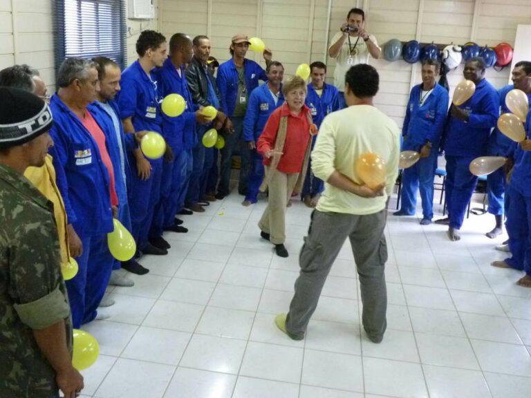10 - EDUCAÇÃO PATRIMONIAL COM OPERÁRIOS DE OBRAS
